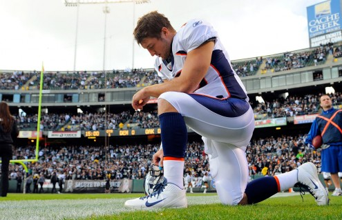 Click image for larger version.  Name:tim-tebow-surprises-495x319.jpg Views:1 Size:55.2 KB ID:528